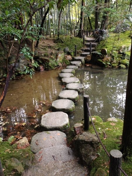 "would be neat to make these ""stones"" out of concrete and put… - Garden Pathway Diy Garden, Garden Paths, Garden Bridge, Pond Bridge, Beautiful World, Beautiful Places, Beautiful Pictures, Nature Aesthetic, Aesthetic Indie"