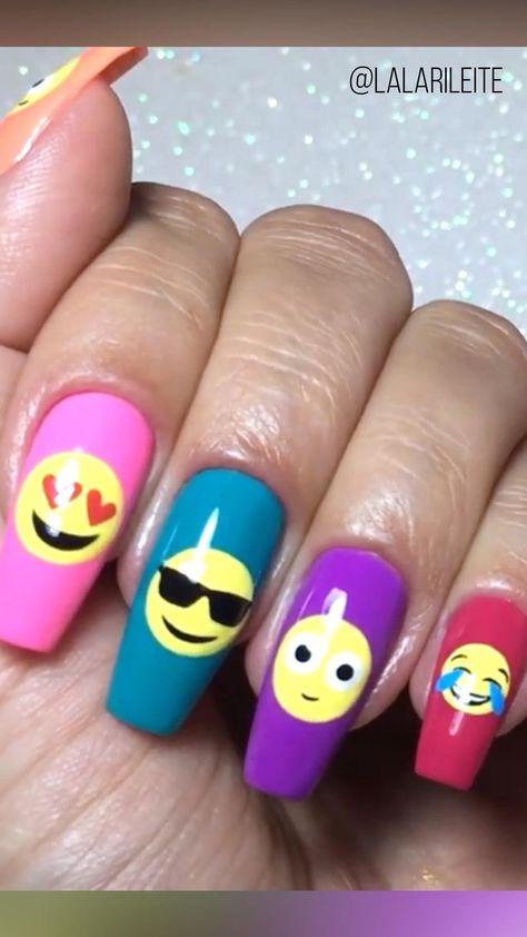 #empji #emojis #unhasdecoradas #nailart #nails #unhas #unhasbailarina #coffinnails