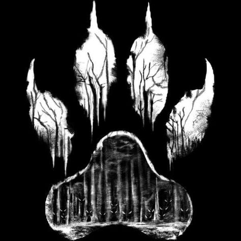 Goth:  The #Moonstruck ~ #Wolf print.