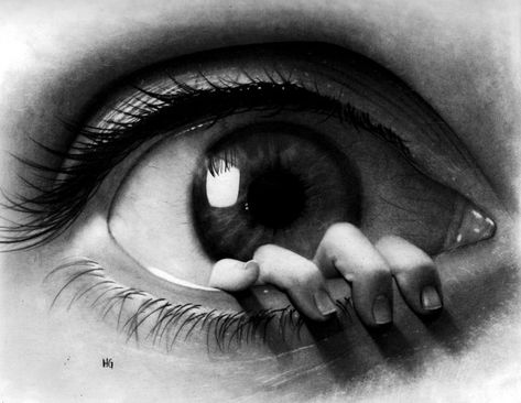 hector gonzalez eye fingers drawing pencil