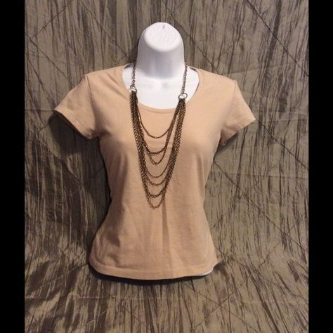 Nude Scoop Neck LIMITED Top - Medium Nice beige/nude scoop neck tee, perfect career top under a blazer. Brand is The Limited (Express). Express Tops Tees - Short Sleeve