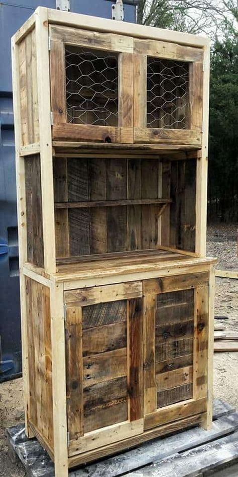 I disassembled about 5 pallets to complete my Rustic Pallet Hutch. I used the pallet planks to beautify it. Chicken wire was used for the upper hutch doors.