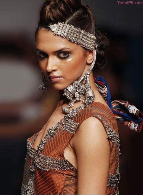 Bollywood wishes Deepika Padukone on birthday - Fashion Trends of Pakistan 2020