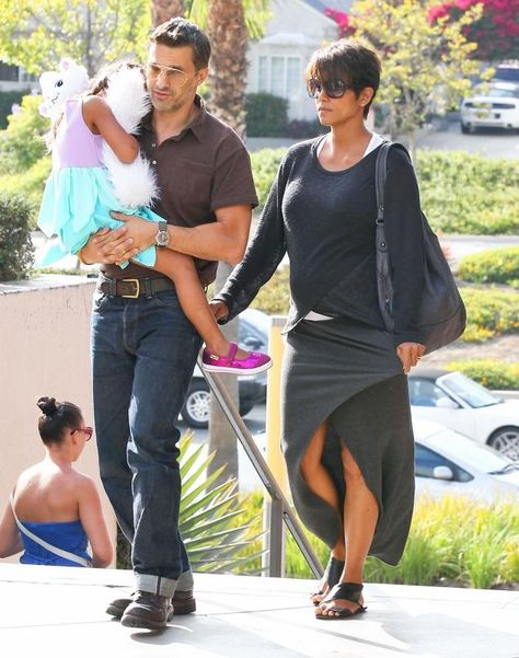 Halle Berry & Olivier Martinez Go to the Movies with Nahla!: Photo Halle Berry and Olivier Martinez head into the movie theater at the Century City Mall on Wednesday afternoon (July in Century City, Calif. The married couple…