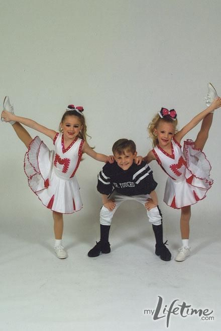 Dance Moms star, Paige in personal dance photos with sister, Brooke! Dance Moms Memes, Dance Moms Costumes, Dance Moms Funny, Dance Moms Facts, Dance Moms Dancers, Dance Mums, Dance Moms Girls, Just Dance, Dance Outfits