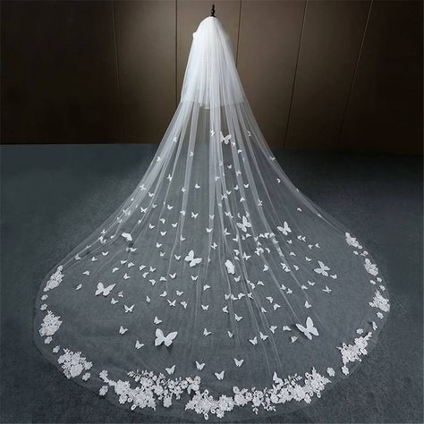 Ivory Wedding Veils, Vail Wedding, Wedding Ideas, Wedding Themes, Wedding Dress Veil, Whimsical Wedding Theme, Huge Wedding Cakes, Woodland Wedding Dress, Long Veils Bridal