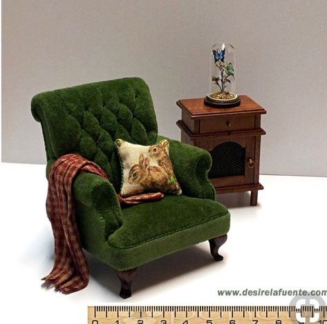 Dollhouse Miniatures Living Room Set Sofa Couch Wing Chair Coffee Table Clock