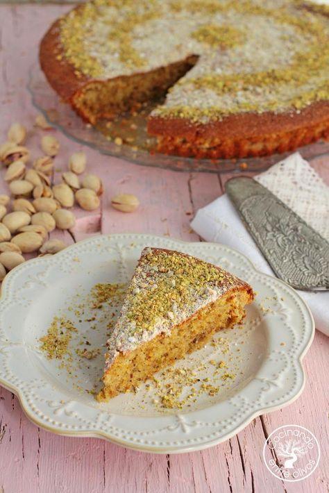 Cocinando entre Olivos: Tarta de pistachos, almendras y queso. Receta paso a paso.