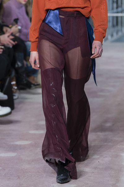 Toga, Fall 2018 - The Most Colorful Runway Details From London Fashion Week, Fall 2018 - Photos