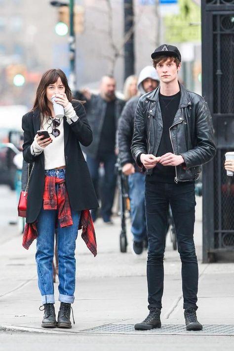 Dakota Johnson and Matt Hitt in NY #love #couple #cutecouples #couplegoals #stylish #fashion