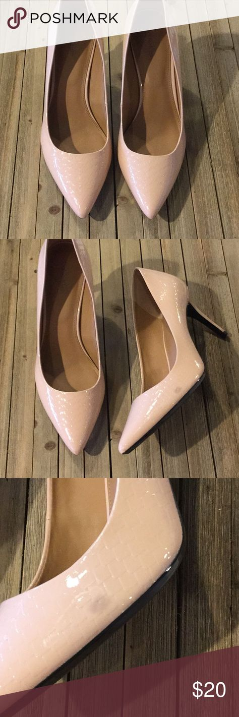 NEW Calvin Klein Gayle Pumps Size 10 Calvin Klein Gayle Pumps Size 10. Small blemishes shown in photo 3 and 4. Calvin Klein Shoes Heels