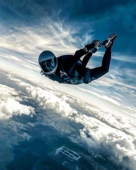 36 Ideas for sport extreme adventure base jumping jumping country skiing resorts Colorado ski Ice climbing Parkour, Base Jumping, Bungee Jumping, Aly Raisman, Atlanta Braves, Abby Wambach, Rando, Hang Gliding, Paragliding
