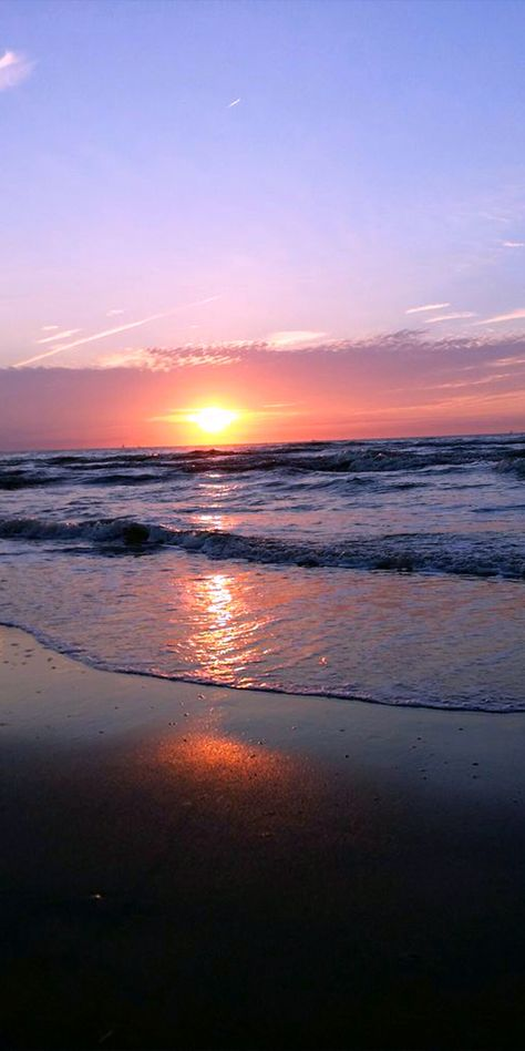 Pic of the Day…Oceans away   --------------- #beach #sunset #sunsets #travel #beaches