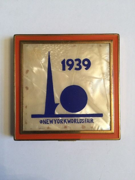 Lot of 3 Pins 1939 NEW YORK WORLD/'S FAIR Trylon Perisphere Metal Brooch Lapel