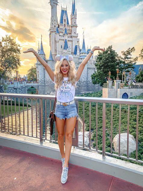 Walt Disney World - Adult Experiences at Disney - love 'n' labels Disney World Outfits, Walt Disney World, Disney World Fotos, Disney Parks, Cute Disney Outfits, Disney Fashion, Disney Hollywood Studios, Cute Disney Pictures, Disney World Pictures