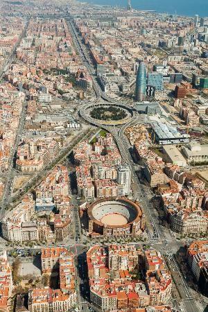 Bcn Sky Tour La Anella Endrrocada De La Pl De Les Glories La Plaça De Braus Monumental Quasi En Prime Barcelona Ciudad Fotos De Barcelona Lugares De España