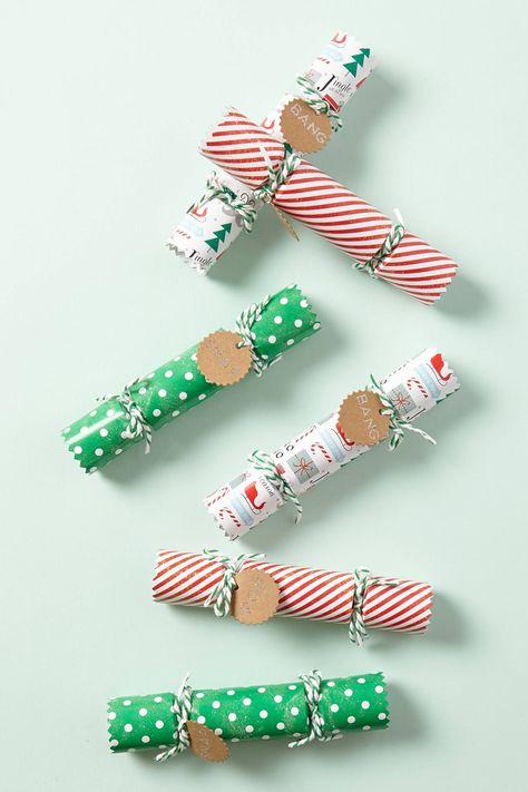 English Christmas Crackers.Christmas Crackers Christmas Everything Christmas