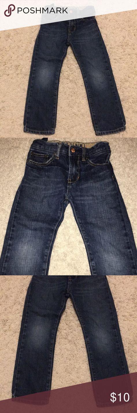 GAP Skinny Fit Size 6 Kids Jeans Children's Gap Denim Skinny Fit Size 6 Regular.    Dark  wash with some natural fade adjustable waist Skinny Fit Good condition GAP Bottoms Jeans
