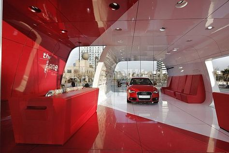 Audi AreA1 showroom5