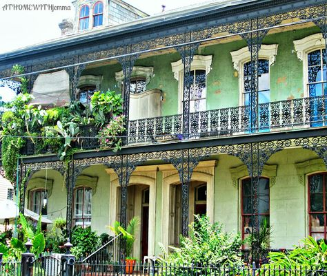 AT HOME WITH JEMMA: Inspirational Thursday-New Orleans Garden District