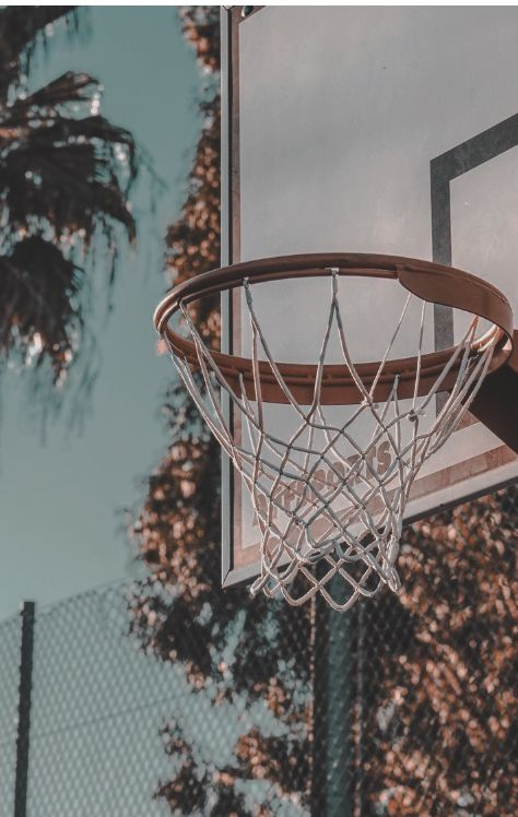 Pin By Natalie Meintjes On Parede In 2020 Basketball Photography Basketball Background Basketball Art