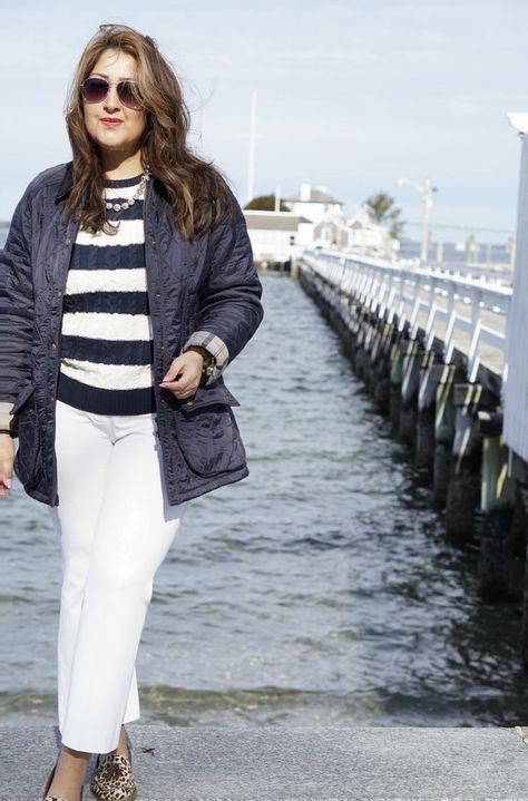 How to style white in winter! @llbean sweater #llbeanmoment @officialbarbour jacket #barbourlife