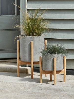 Solid Brass Hare Door Knocker Plant Stands Outdoor Concrete