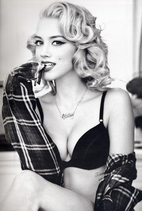 Boudoir - Portrait - Glam - Lingerie - Plaid - Flannel - Black and White - Photography - Pose Idea / Inspiration