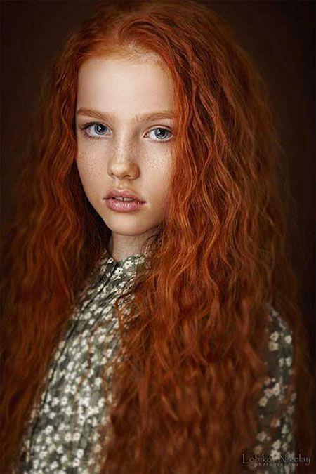 30 Lange Lockige Rote Frisuren Rote Lange Rothaarige Pelirrojas Naturliche Merida Kopfe Lockig Haarfarbe Hairstyle Frisur Rot Rote Haare Lange Rote Haare