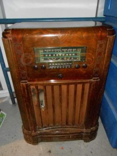 Vintage Rca Victor Radio Antique
