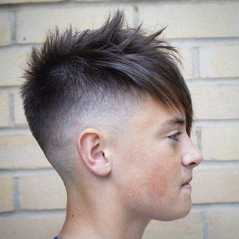 Unique Mens Frisuren Mit Langen Haaren An Der Spitze Haarschnitt