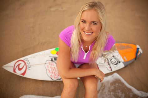 """Professional Surfer Bethany Hamilton Reviews""""How to Surf"""""""