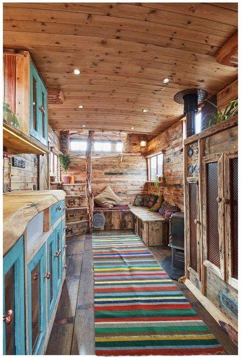 50 Best Tiny House Design Ideas – Home/Decor/Diy/Design Best Tiny House, Tiny House Plans, Tiny House Living, House 2, Mud House, Bus Living, Cozy House, Living Rooms, Mawa Design