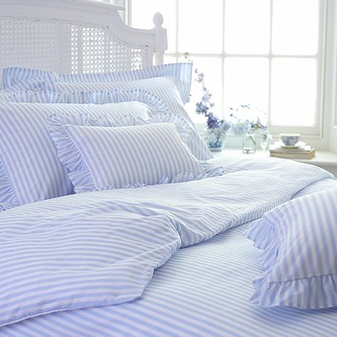 Can T Beat A Set Of Fresh Blue And White Striped Sheets Striped