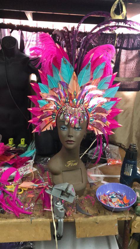 09#Handmade Shiny Elegant Bird  Crown Headdress Costume Showgirl Cabaret