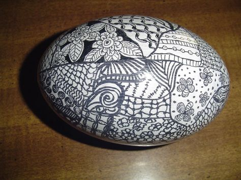 This is a Zentangled emu egg, by Lucille Ridlon