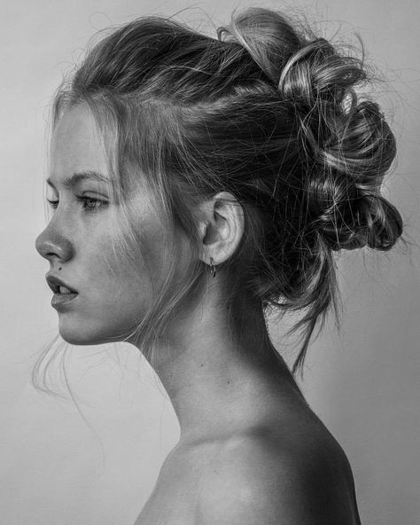 24 Ideas For Drawing Faces Reference Female In 2020 Female Face Drawing Woman Face How To Draw Hair