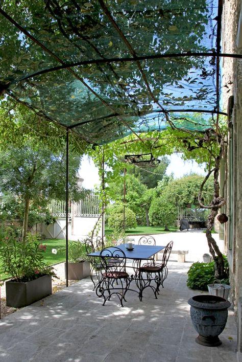Terrasse sous la tonnelle | Amenagement jardin, Pergola et ...