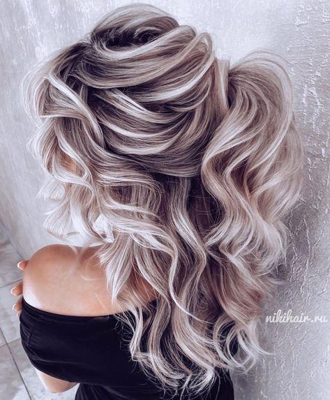 Love Hair, Gorgeous Hair, Medium Hair Styles, Curly Hair Styles, Blonde Hair Looks, Long Curly Blonde Hair, Ash Blonde Hair, Cooler Style, Loose Hairstyles