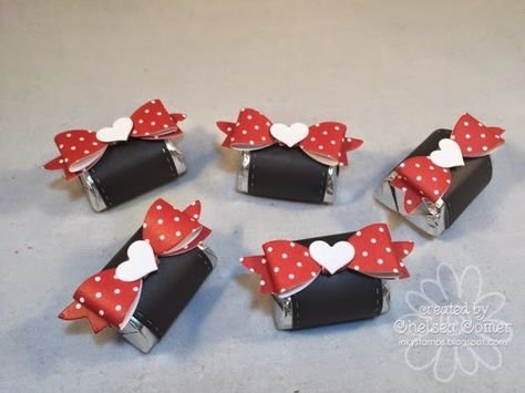 Chelsea's Creative Corner: Wrapped Up and Cute as a Package! I love the NEW A Muse Studio Candy Wrappers(Chocolate Decorados Sweets) Chocolate Wrapping, Chocolate Box, Paper Candy, Candy Crafts, Valentine Day Crafts, Valentine Stuff, Candy Bar Wrappers, Deco Table, Minnie