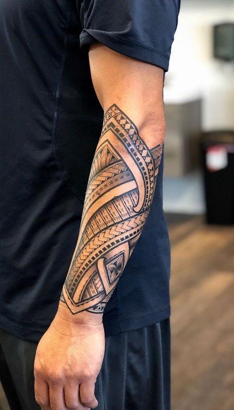 tatuagem tribal maori no braço