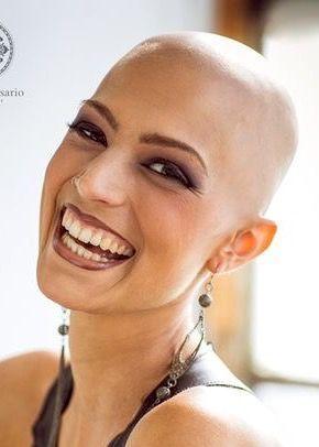 Hairdare Womenshair Schoonheid Stijlen Shavedhead Schonheit Bald Heads Lost Hair Shaved Head