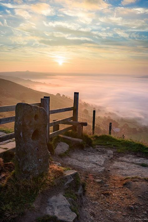 Sunrise at Mam Tor is a 517 m (1,696 ft) hill near Castleton in the High Peak of Derbyshire, England..,