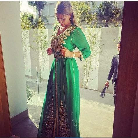 Caftan Haute couture 2016   Boutique Vente Caftan Marocain  Vente Caftan  Marocain Prix pas Cher   Soldes Été 2015 3f37ee81f16