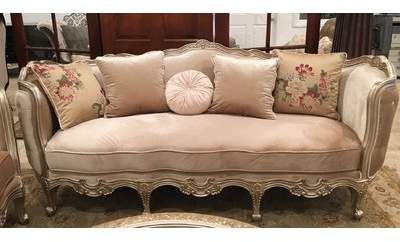 Benetti S Italia Versailles Sofa In 2020 Reupholster Furniture