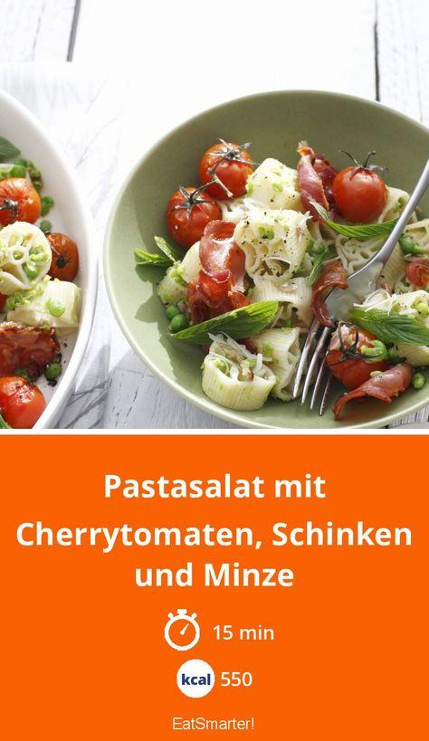 Pastasalat mit Cherrytomaten, Schinken und Minze - 550 kcal - schnelles Rezept - einfaches Gericht - So gesund ist das Rezept: 7,6/10 | Eine Rezeptidee von EAT SMARTER | Bäuerlich, Brei, Fisch, Fruchtgemüse, Gesunde Ernährung, Gourmet, Häppchen, Kräuter, Ländlich, Nudelsalat, Hausmannskost, Teig #pasta #gesunderezepte