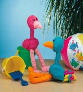 Crocheted Tropical Birds - Free Amigurumi Pattern here: http://www.countrywomanmagazine.com/project/crocheted-tropical-birds/