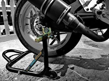 Detailed Guide On Bike Chain Cleaning And Lubrication Bike