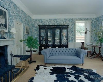 Stella Tennant Living Room With Blue Wallpaper Rooms Pinterest Wallpapers And