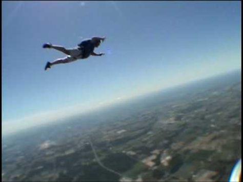 Top 10 Fascinating Skydiving Myths | Skydiving, Bungee